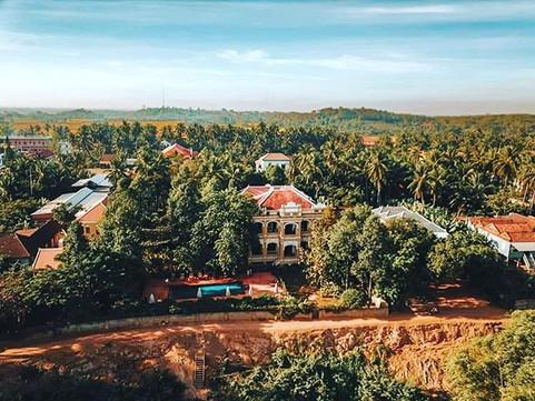 Le Relais;  Cambodia's Countryside Retre