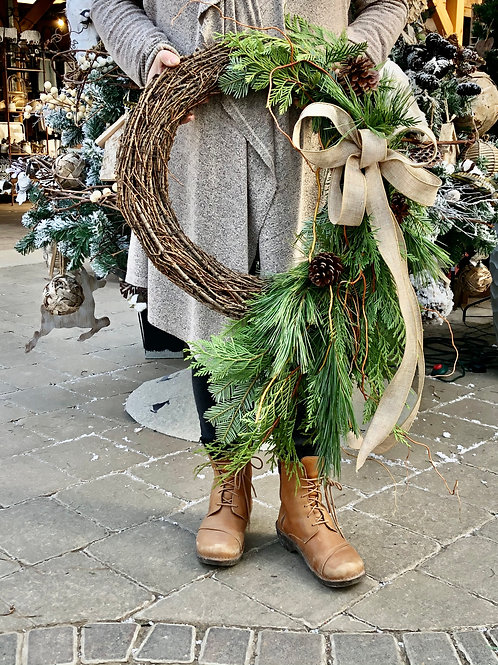 Wreath Comet - Grapevine with mixed greens, pine cones and curly Willow