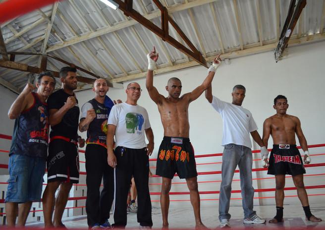 Sol vence no Jura Fight