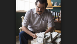 Narcos & Netflix is being sued by Pablo Escobars brother for 1 Billion Dollars.