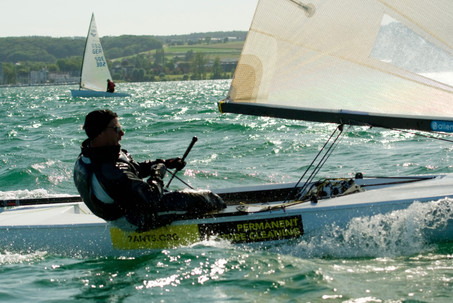 Oliver Wirz sailing a boat