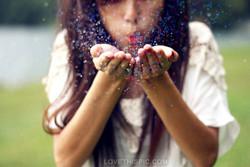 blowing_glitter