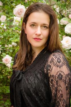 Soprano Lynda Benn