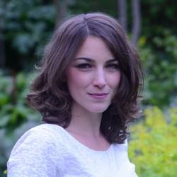 Soprano Louise Lloyd