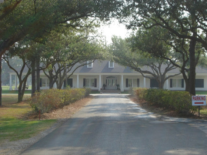 Ellendale Country Club