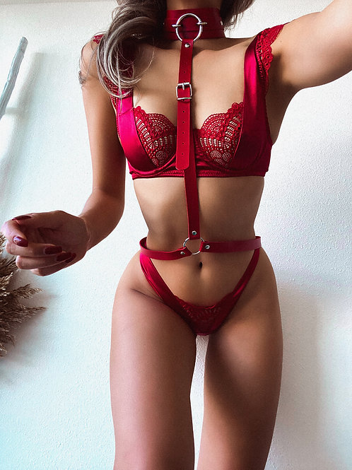 Red Pleather Bulk O Link Ring Body Harness