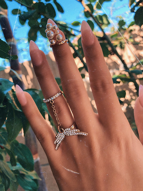 Dainty Butterfly Wings Connect Ring