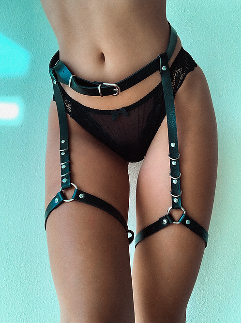 Double Thigh Linked Harness