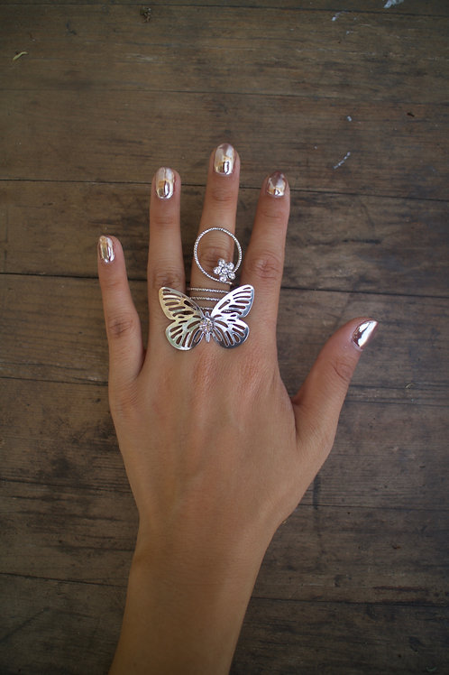 Large Butterfly Twist Ring