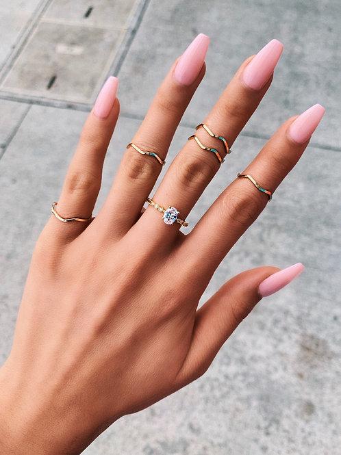 Golden Wave Rings Set