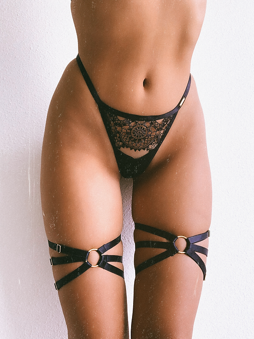 Golden Tri Ring Thigh Harness