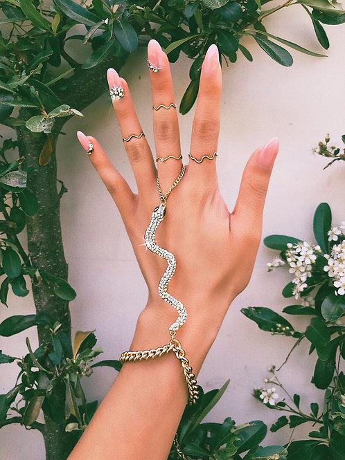 Crystal Slithering Snake Ringlet