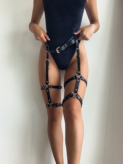 Double Buckled Tier Thigh Body Harness