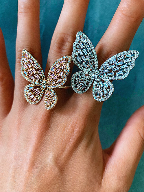 Crystal Fluttering Butterfly Ring
