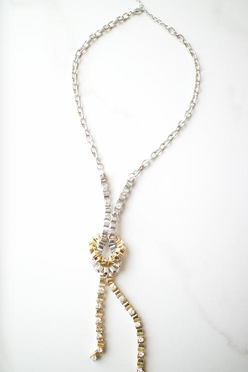 Clash Tie Loop Necklace