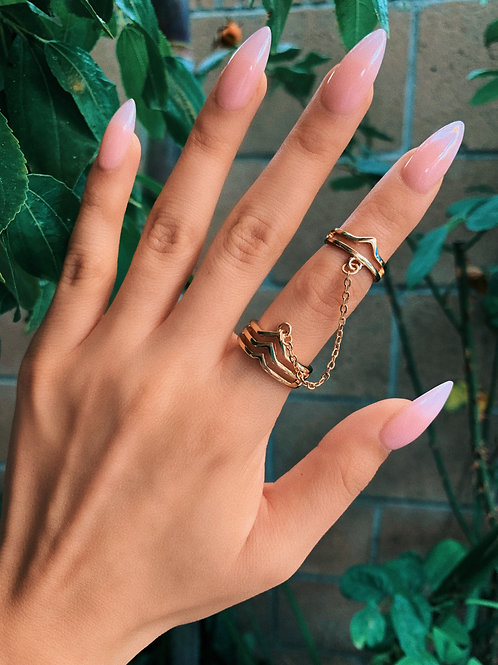 Gold Connected Arrow Ring