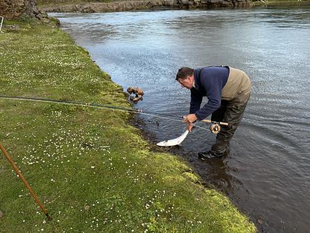 Ian Gordon Landing a Salmon