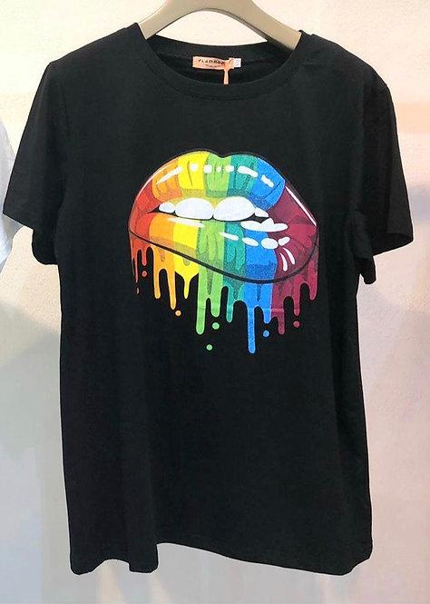 Rainbow lips tee