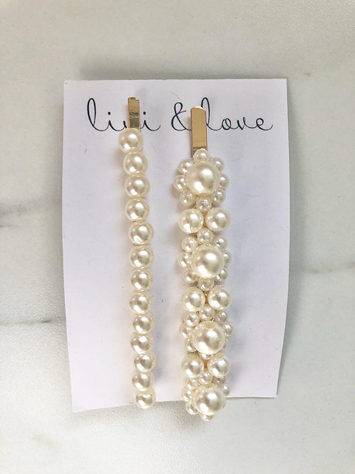 Set of 2 pearl hair slides
