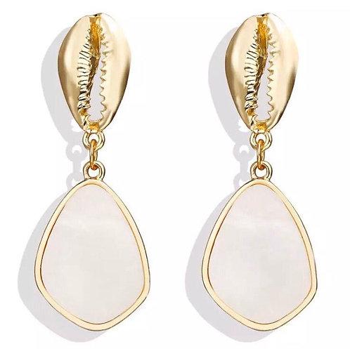 Shell drop earrings - gold