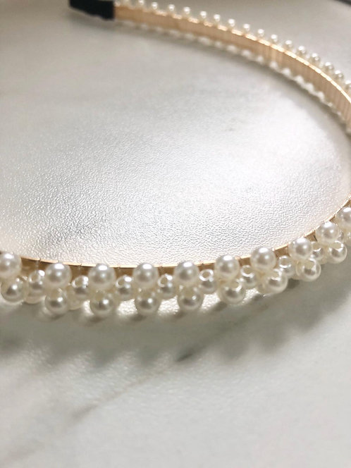 Gold and pearl staggered headband