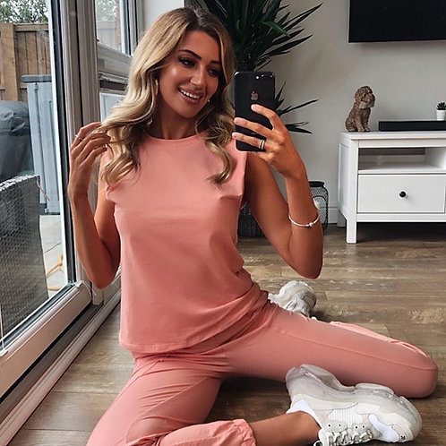 Padded shoulder co ord available in peach and black