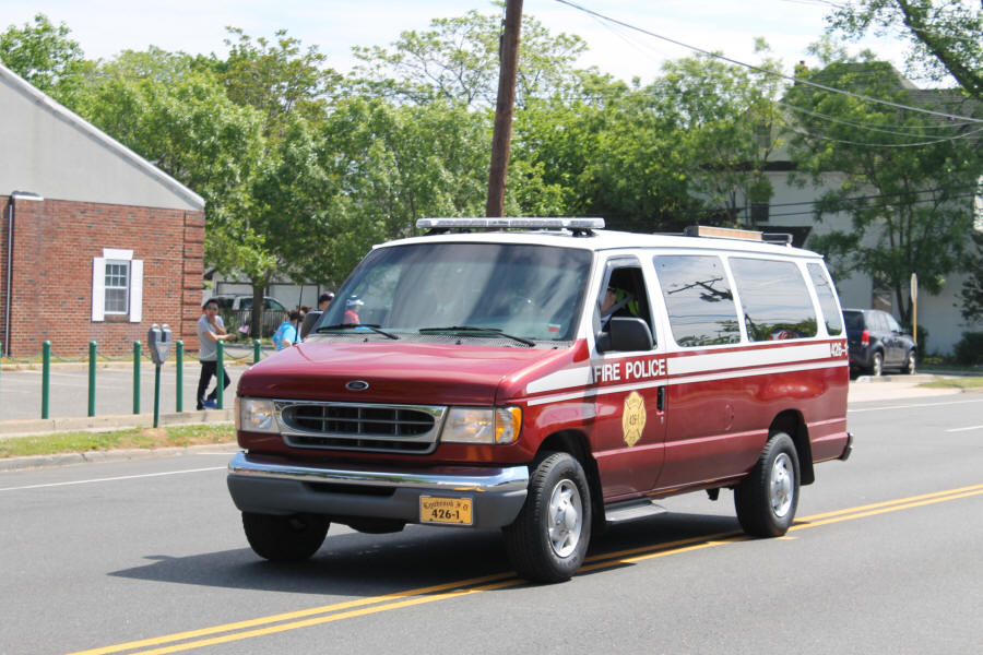 Lynbrook Volunteer Fire Department Nassau County NY Fire Police Vehicle 426-1