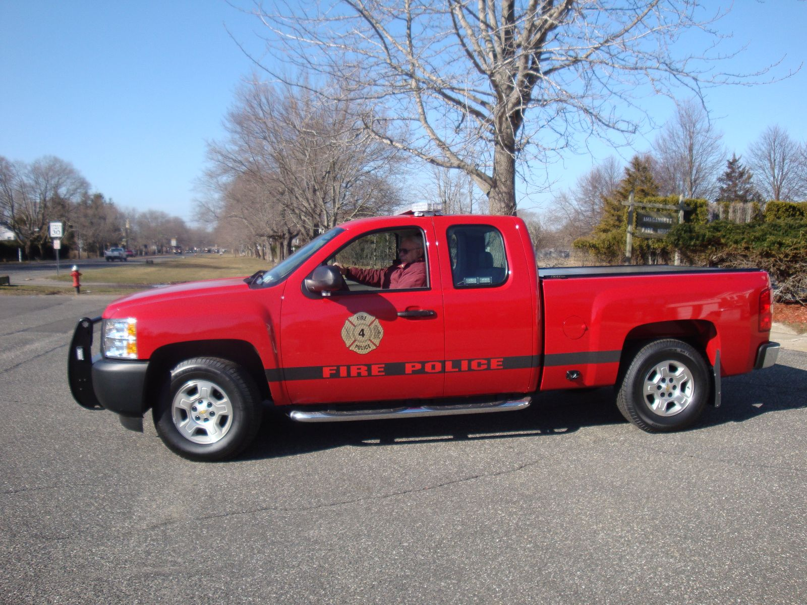 Amaganset Fire Department NY Fire Police Vehicle 9-2-4