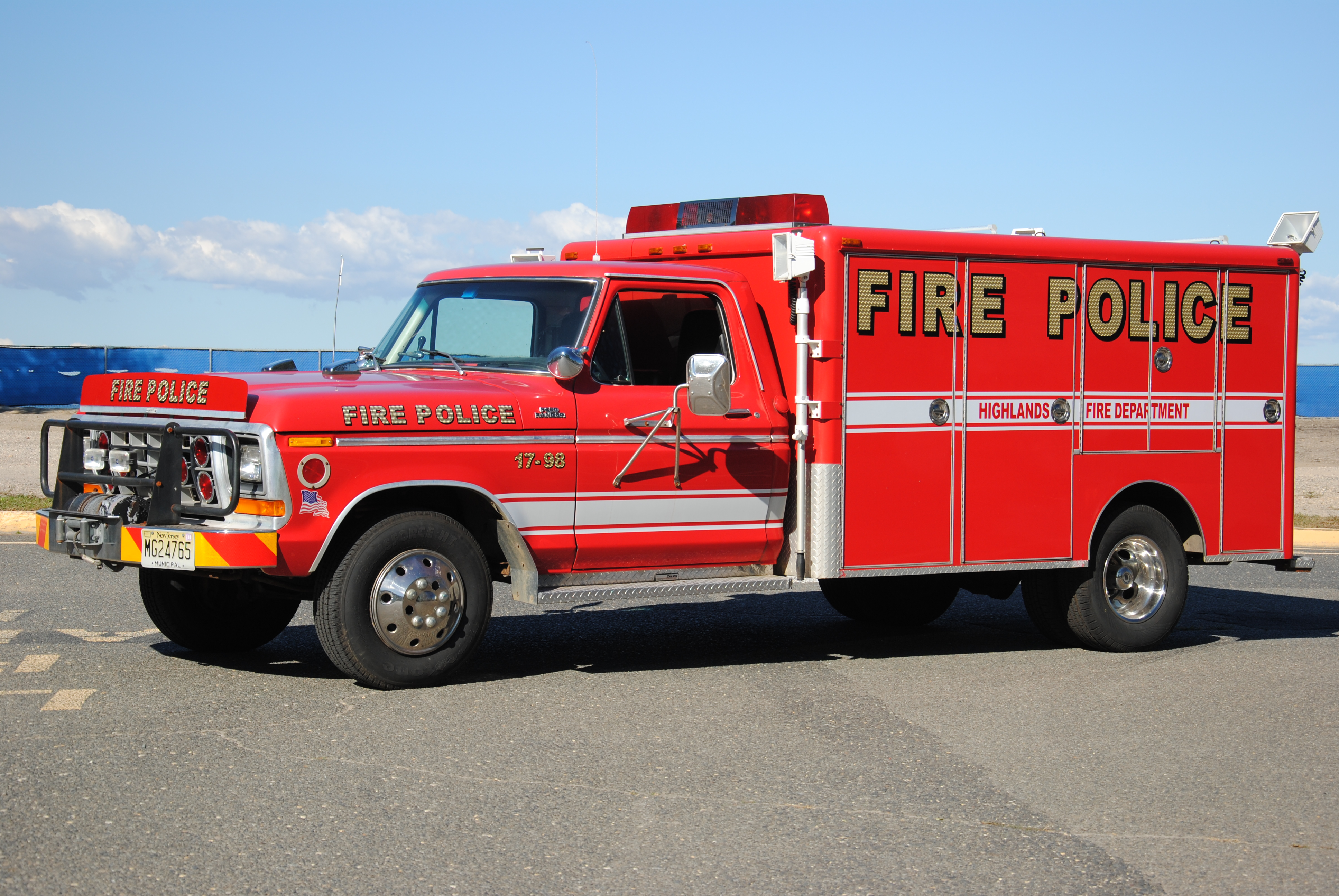 Highlands Fire Department Fire Police 17-98 2