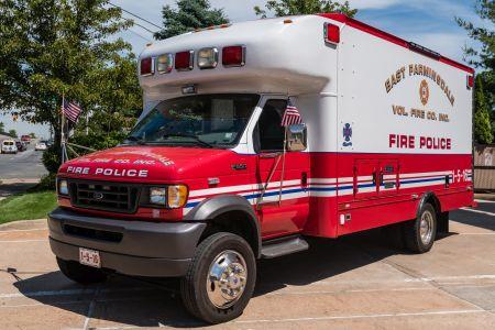 East Farmingdale Fire Co. NY Fire Police 1-5-12 2