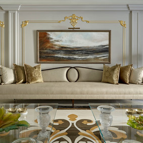 ROYAL TREATMENT: An 18th century London townhome gets a majestic makeover.