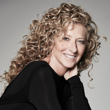 HOME TOUR: East meets West at Kelly Hoppen's One Park Taipei.