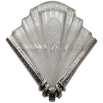 Frontisi wall sconce