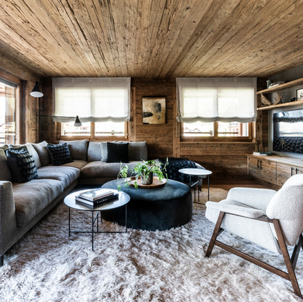 HOME TOUR: a Swiss ski chalet at the peak of chic by Alessia Mainardi Interiors