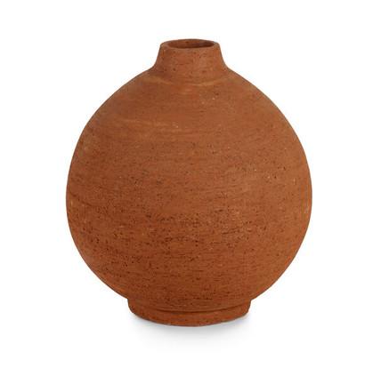 terracotta vase MGBW.jpg