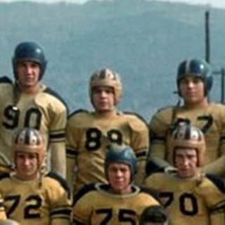 Russell Skidmore future cutter #89 playing football at Belington High School.