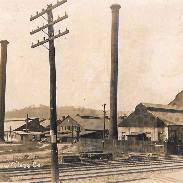 1910 Arnold Glass Works