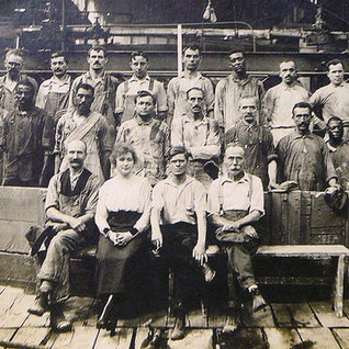 Glass workers in Charleroi