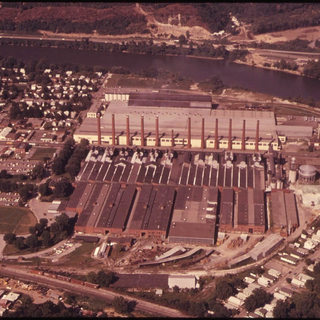 One of the last looks of the Libbey Owens Ford plants before closure in 1973.  The location then became a shopping mall.