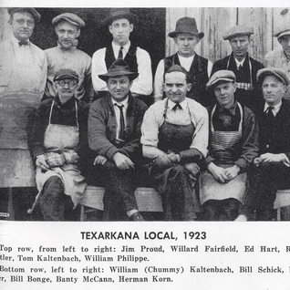 Cutters at Texarkana around1913.