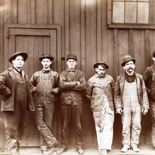 Workers at the Toledo Glass Co.