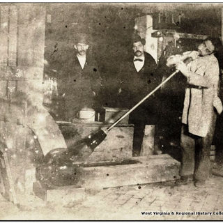 Photo fo a blower incresing the beginning of a cylinder