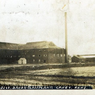 Baker Glass plant in Caney Kasas.