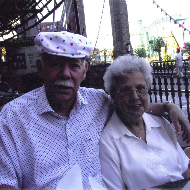 Late photo of Art Markham and wife, Annebell.