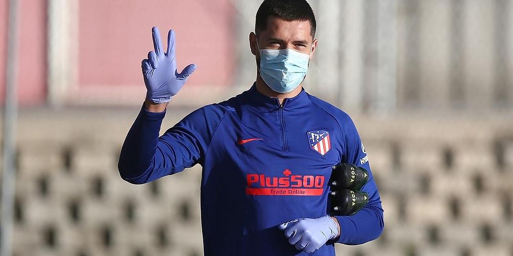 Zagueiro brasileiro Felipe em volta aos treinos pelo Atlético de Madrid (Handout / ATLETICO MADRID / AFP)