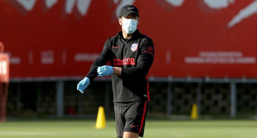 Diego Simeone em treino do Atleti (Imagem: Atlético de Madrid)