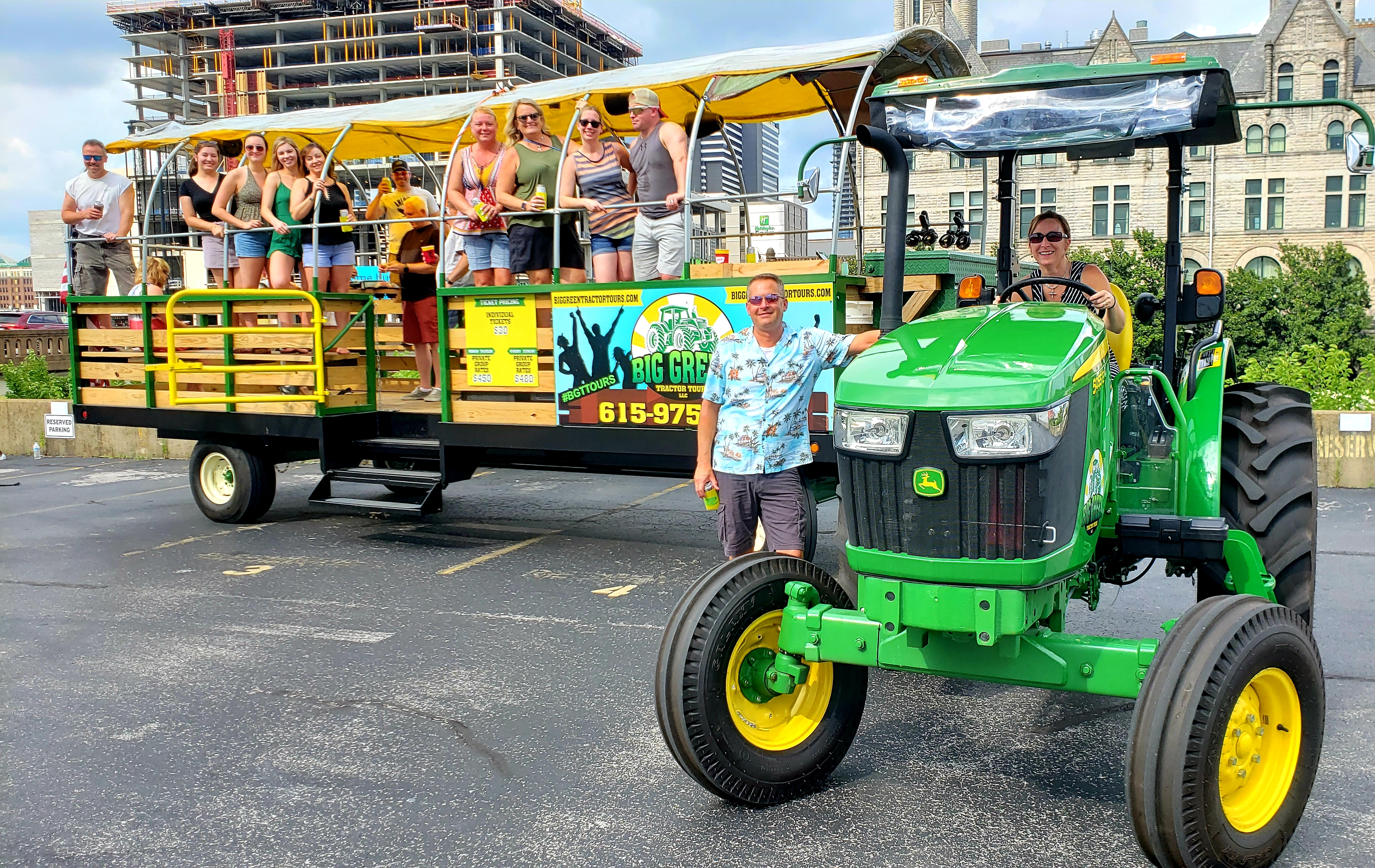 Nashville Tour | United States | Big Green Tractor Tours