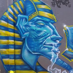 akhenaton-head.jpg