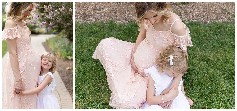 floral maternity session lombard illinois maternity photographer lilacia park mother daughter maternity photos