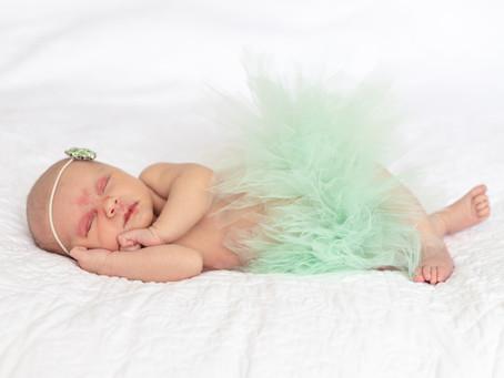 Newborn In-Home Lifestyle Session- Gilberts, IL